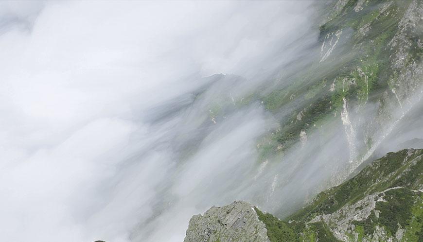 Wonder World。多重露光(厳密に言うと違う)で撮ると雲の動きを可視化出来る。